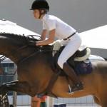 carlota de monaco montando a caballo