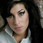 amy winehouse en un videoclip