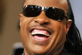 Stevie Wonder padre por novena vez